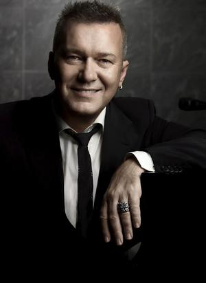 book Jimmy Barnes for corporate events