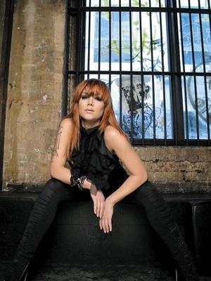 vanessa amorosi famous pop artists