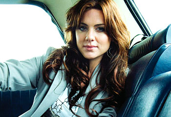 famous australian singer vanessa amorosi
