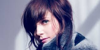book Australian vocalist Sarah Blasko