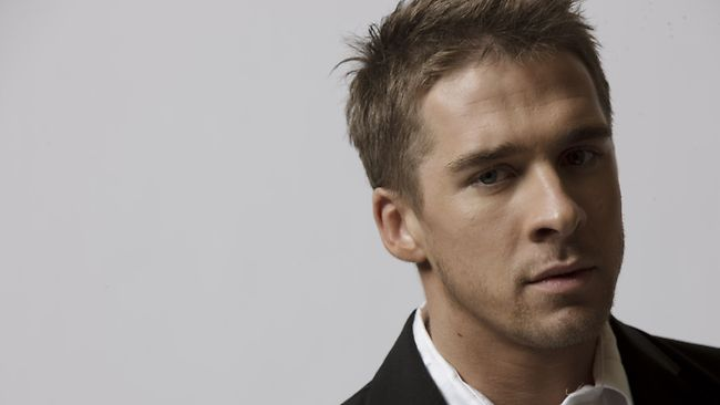 enquire for Hugh Sheridan bookings