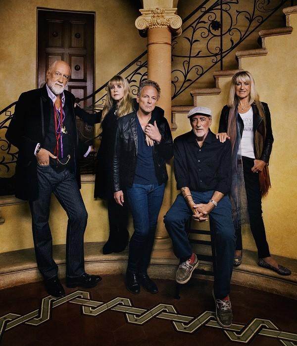 Fleetwood-Mac-photocredit-Danny-Clinch