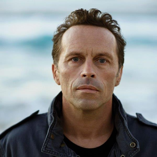 FEATURES-Mark-Seymour