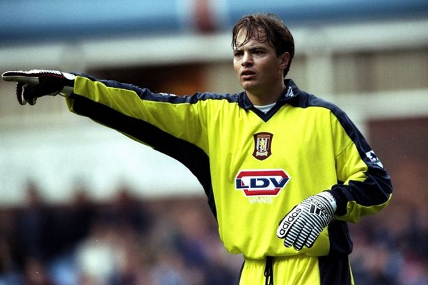 Mark Bosnich 6