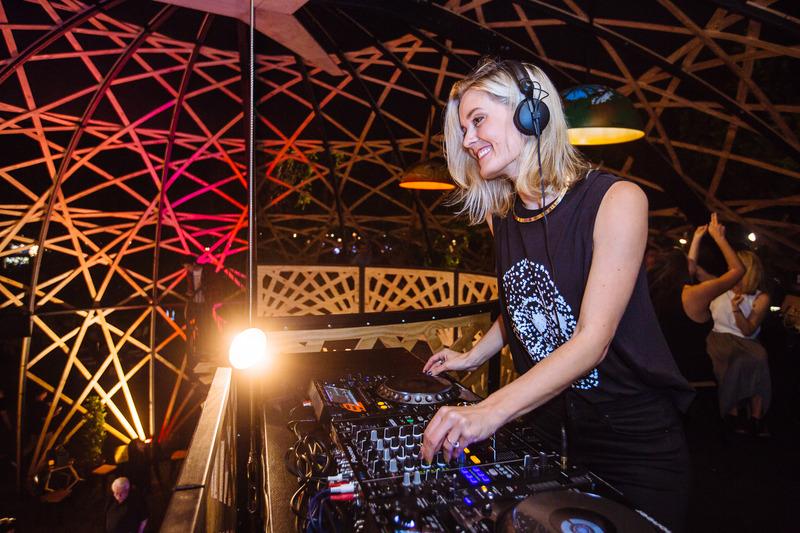 DJ Feline live_zpshvfx20sq